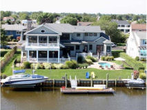 Monmouth Beach Estate and Dock